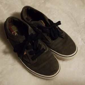 Vans Atwood DX Boys Skate Shoes size 3.5